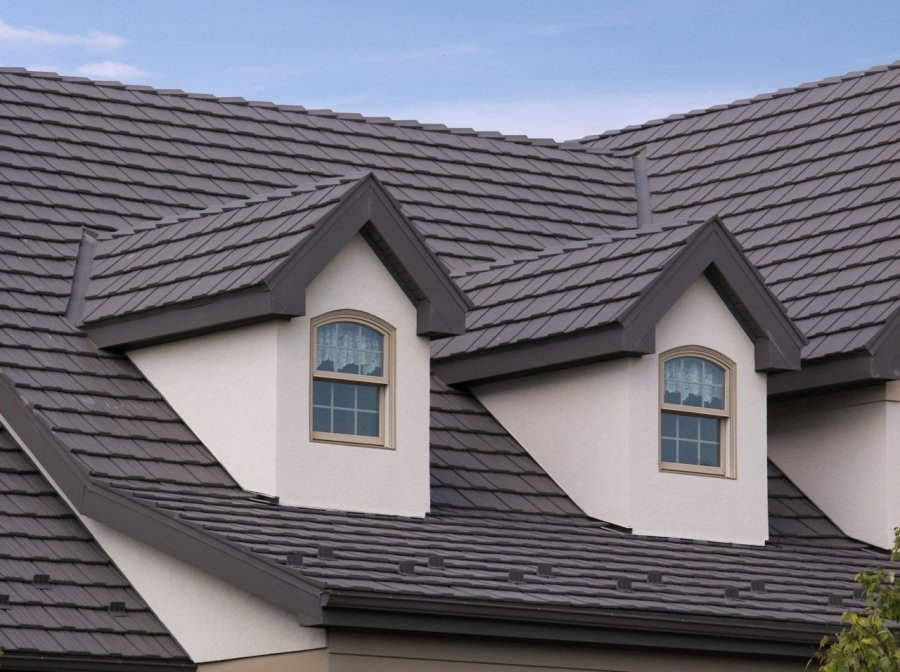 Attractive Country Manor Shake Metal Roof 05